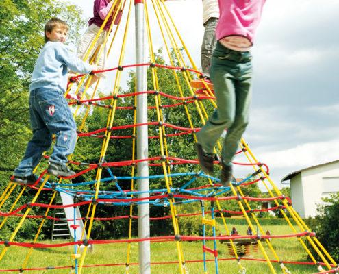 Außenspielgerät Cheops-Pyramide Mini