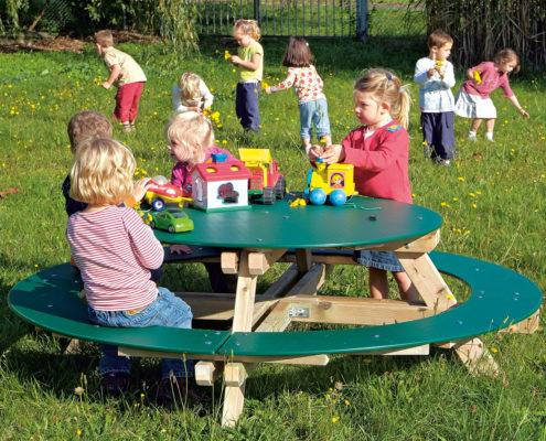 Außenspielgerät Picknicktisch